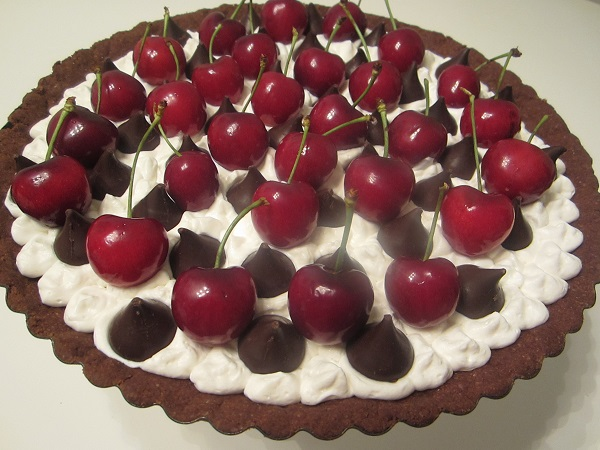 Chocolate Cream Pie with Fresh Cherries