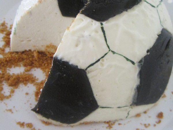 Football Cheesecake