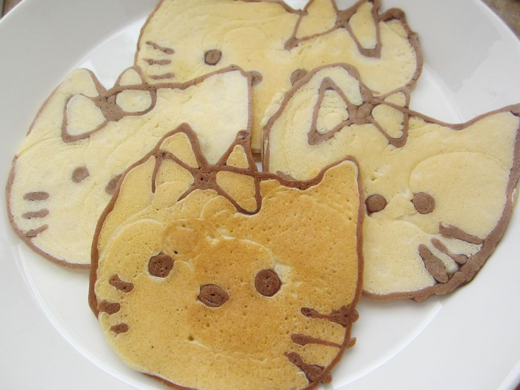 Hello Kitty Pancakes