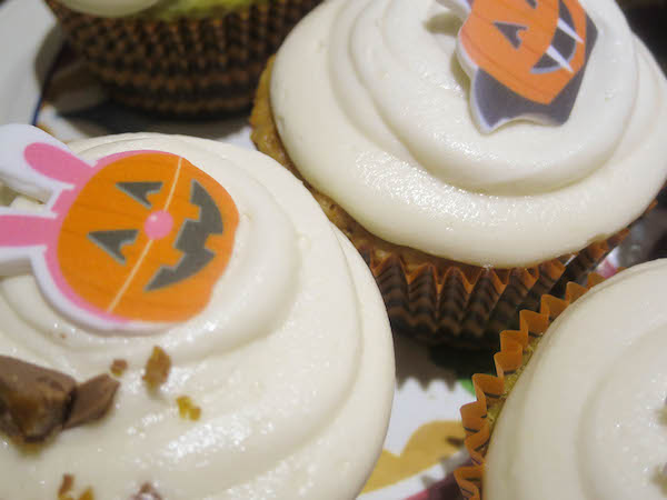 Halloween Caramel Apple Cupcakes