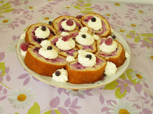 Sugar Free Cake Roll with Berries