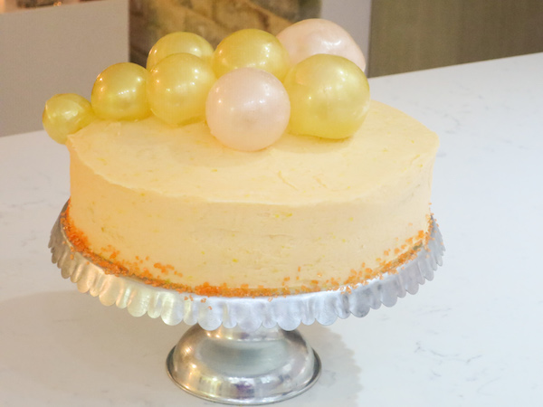 Peach Bellini Cake and Gelatin Bubble Decorations