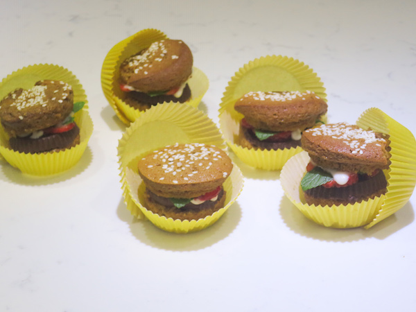 Fruity Burger Cupcakes