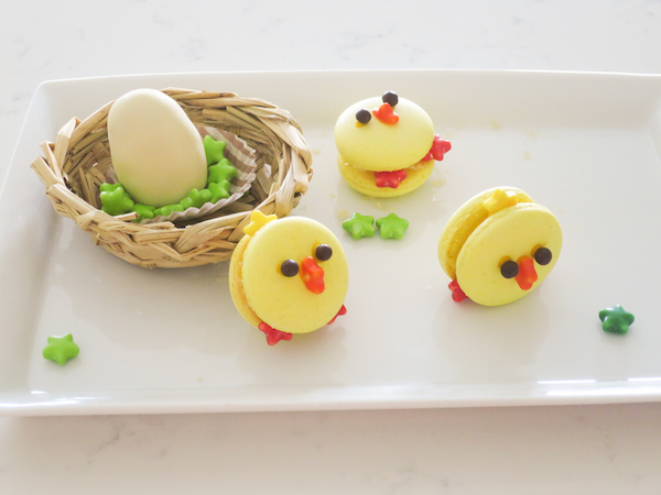 Popping Easter Chick Macarons & Filled White Chocolate Egg
