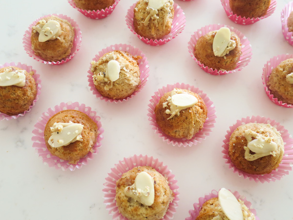 Nutty Mini Tahini Cakes