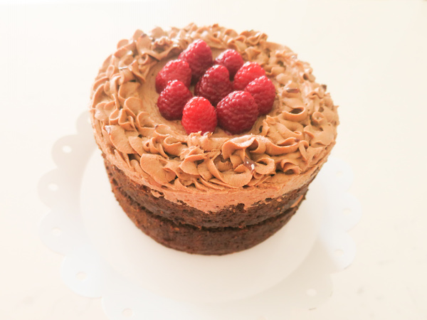 chocolate-raspberry layer cake