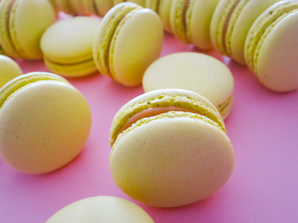 Banana Butterscotch Macarons